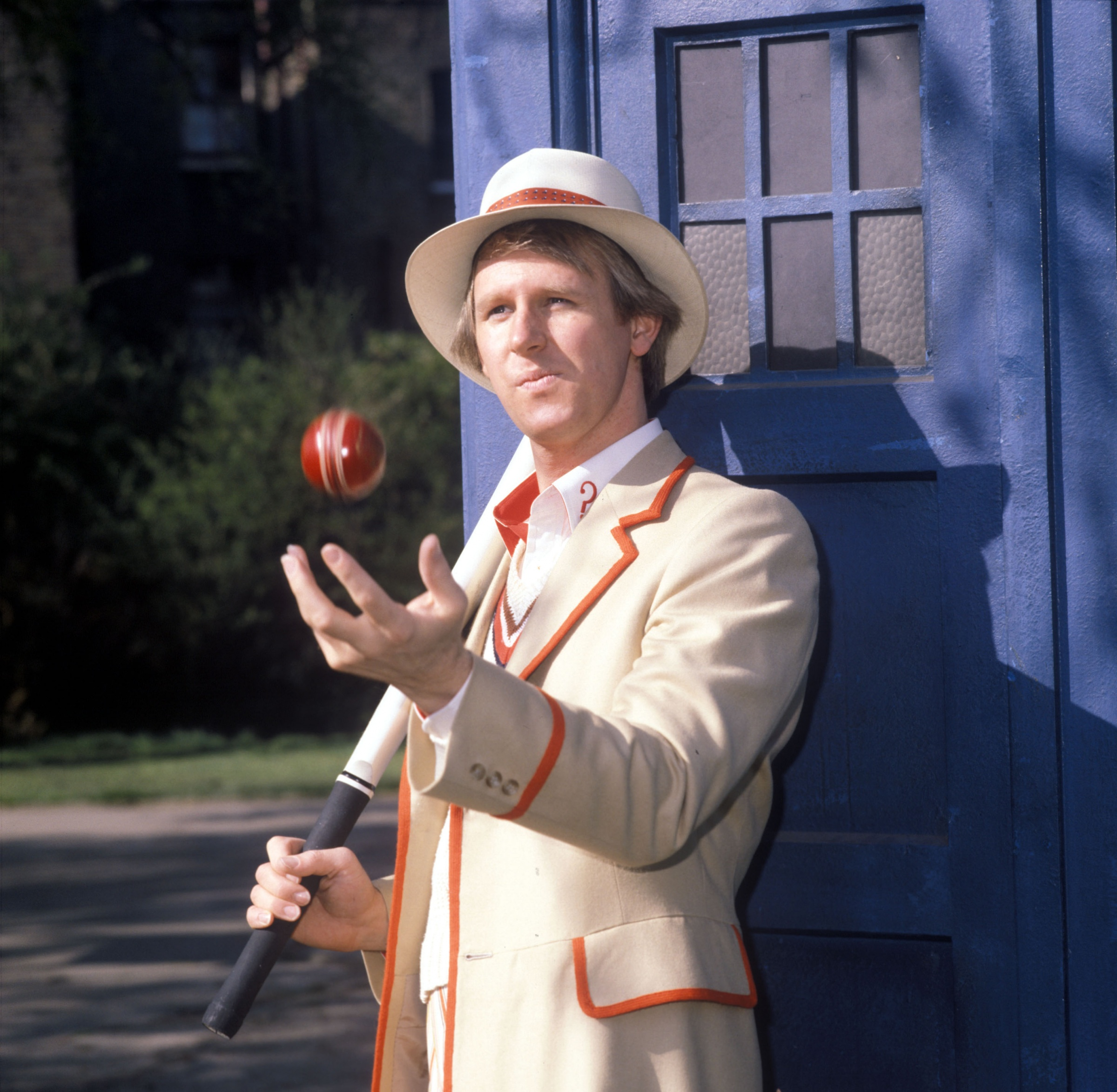 British20actor20Peter20Davison20as20the20Doctor20in20Doctor20Who2C201520April201981-0637a75