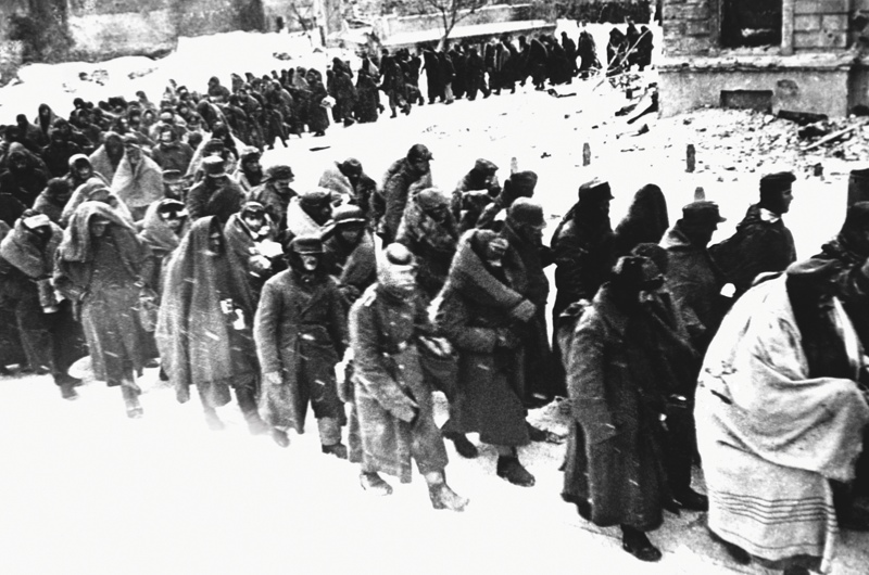 Images of German POWs, Stalingrad, 1943