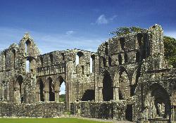 Dundrennan-Abbey-3-f6fb346