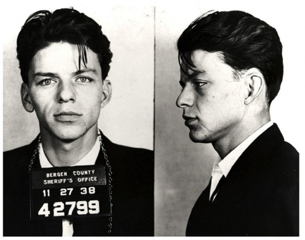 Frank20Sinatra20poses20for20a20mug20shot20after20being20arrested20and20charged20with2027carrying20on20with20a20married20woman2720in201938_0-2fbb6bc