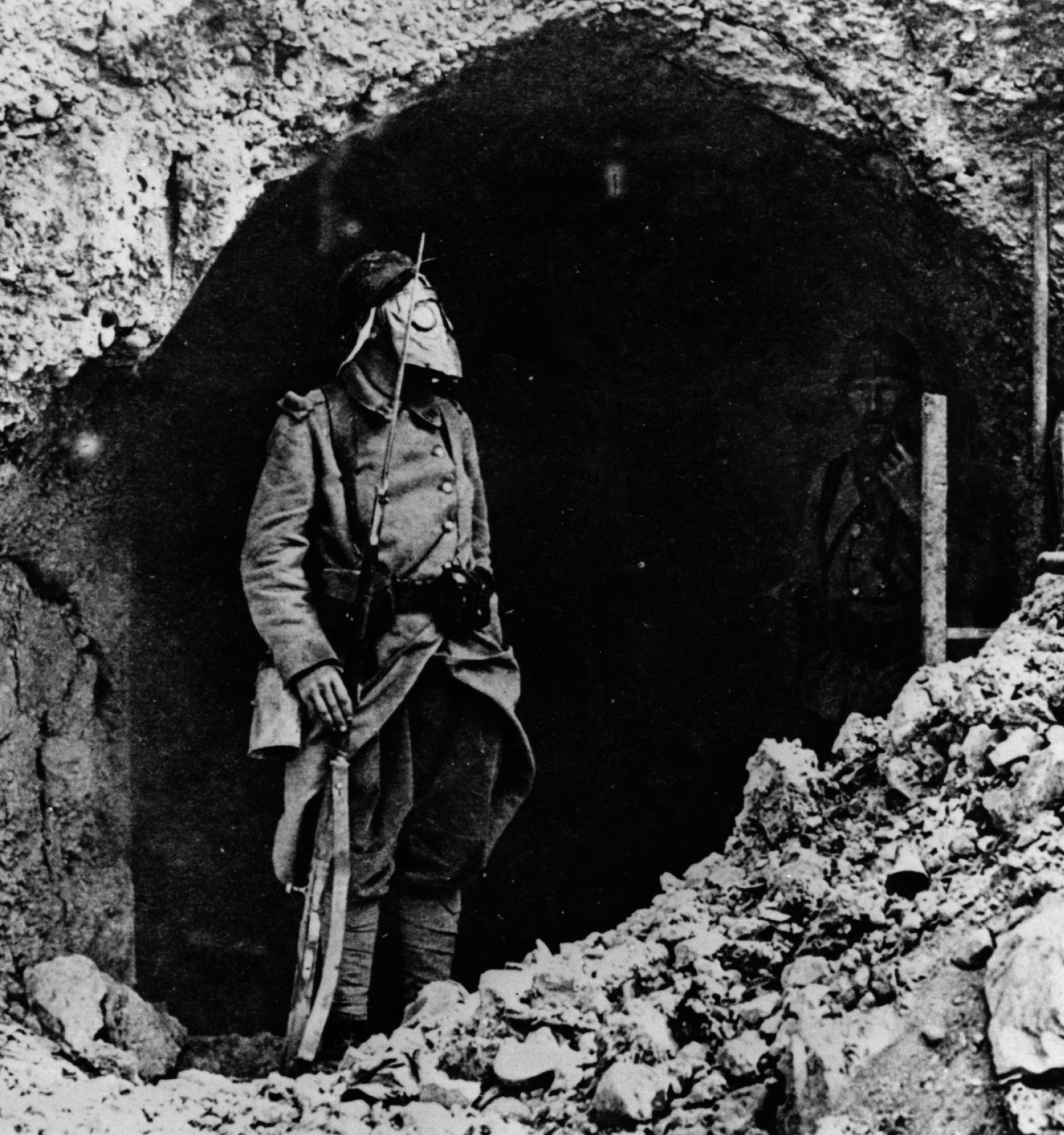 French20soldier20at20Verdun-6c2371a