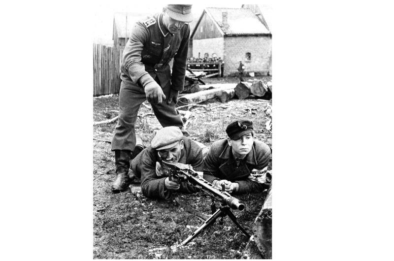 German-machine-gun-WW2-2-cccebc2