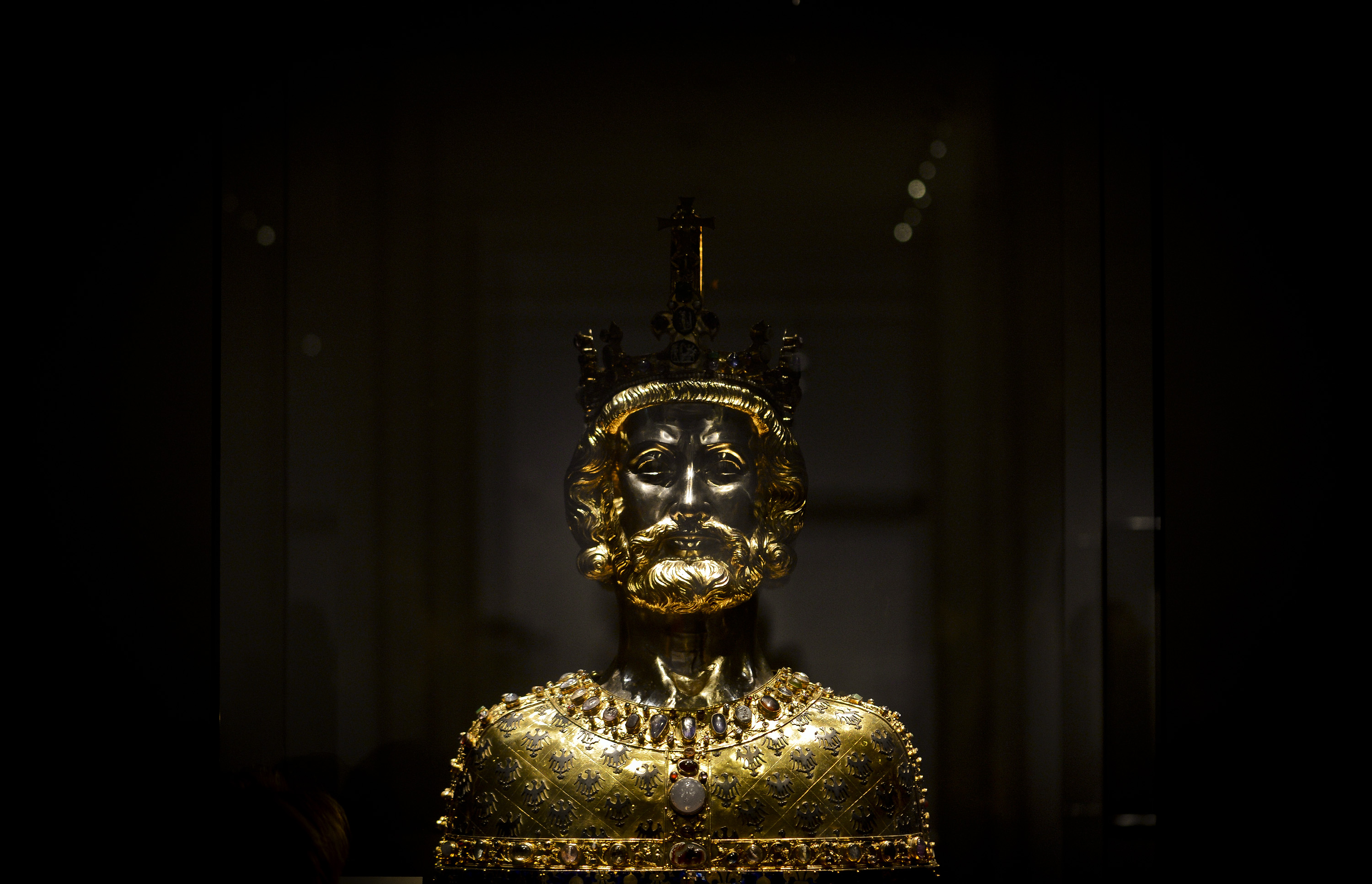 "A bust of Charlemagne at the exhibition ""Charlemagne: Power, Art, Treasures"" (in German: ""Karl der Grosse: Macht, Kunst, Schaetze"") during the press day on June 18, 2014 in Aachen, Germany. The three-part exhibition is among the biggest events this year commemorating the 1200th anniversary of Charlemagne's death. Charlemagne, also called Charles the Great, was the first pan-western European emperor since the collapse of the Roman Empire and ruled over territories that include modern-day France, Germany, Switzerland, Belgium, Holland and northern Italy.  (Photo by Sascha Schuermann/Getty Images)"