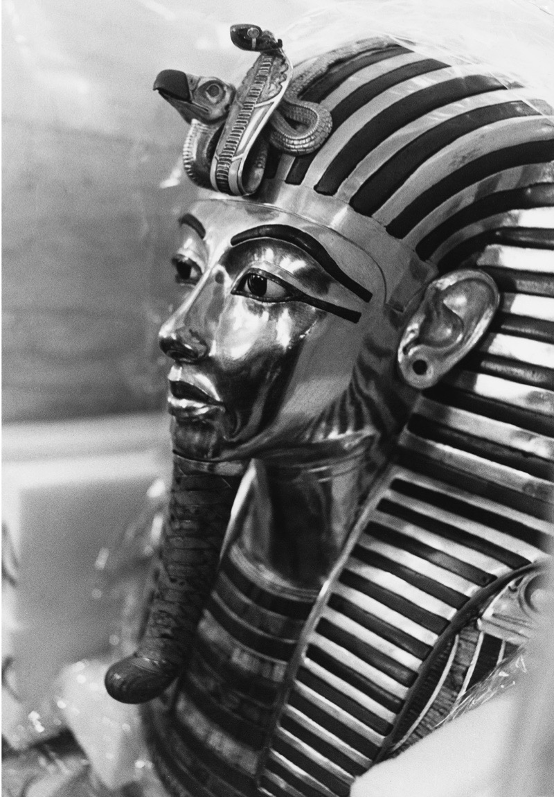 The mask of 18th dynasty Egyptian pharaoh Tutankhamun, (c. 1341 BC - c.1323 BC), seen here at the British Museum, London, January 1972. (Photo by Kean Collection/Getty Images)