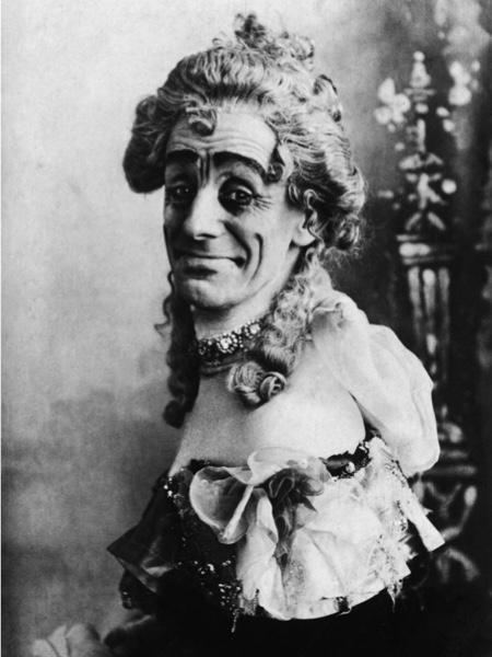 Victorian comedy performer Dan Leno.