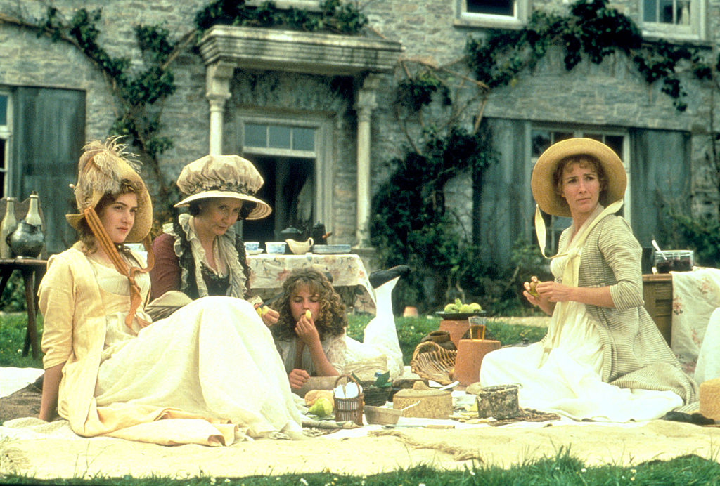 """315260 002: (FILE PHOTO) On the set of the film """"Sense and Sensibility"""", in Great Britain on 06/15/1995 . ( Photo by Liaison Agency )"""