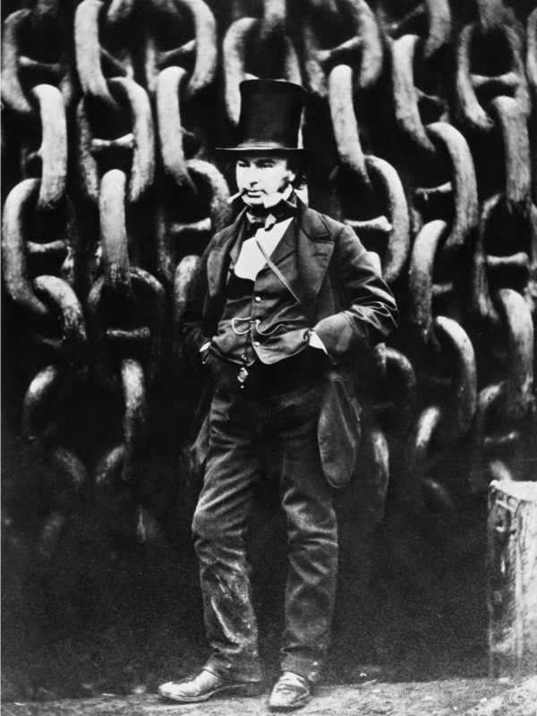 English engineer and inventor Isambard Kingdom Brunel (1806 - 1859) standing in front of the launching chains tethering his steamship the 'Great Eastern', during its construction at David Napier's shipyard on the Thames at Millwall, London, November 1857. (Photo by Robert Howlett/Hulton Archive/Getty Images)