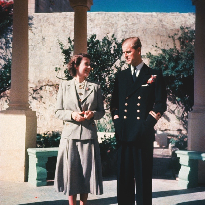Princess Elizabeth and her husband Prince Philip, Duke of Edinburgh during their honeymoon in Malta, where he is stationed with the Royal Navy, 1947. (Photo by Hulton Archive/Getty Images)
