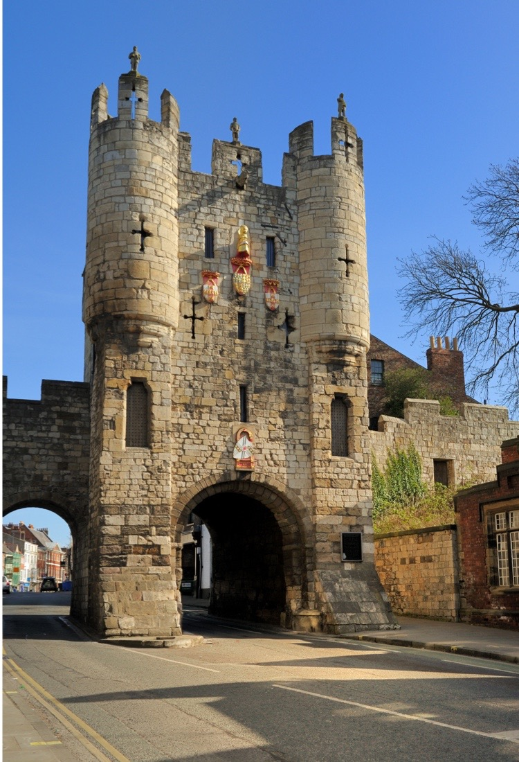 DT1P7H Micklegate Bar, a Medieval gateway housing a museum, York, Yorkshire, England, United Kingdom, Europe
