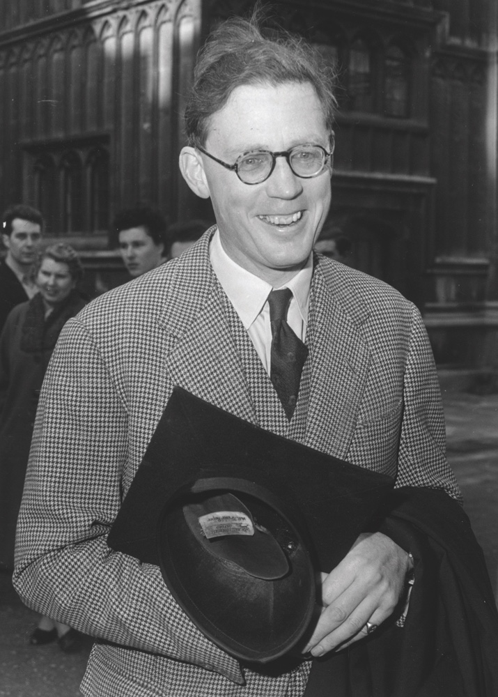 5th March 1960:  Historian Professor Hugh Trevor-Roper (1914 - 2003) leads the campaign to elect Harold MacMillan as the new Chancellor.  (Photo by Jimmy Sime/Central Press/Getty Images)