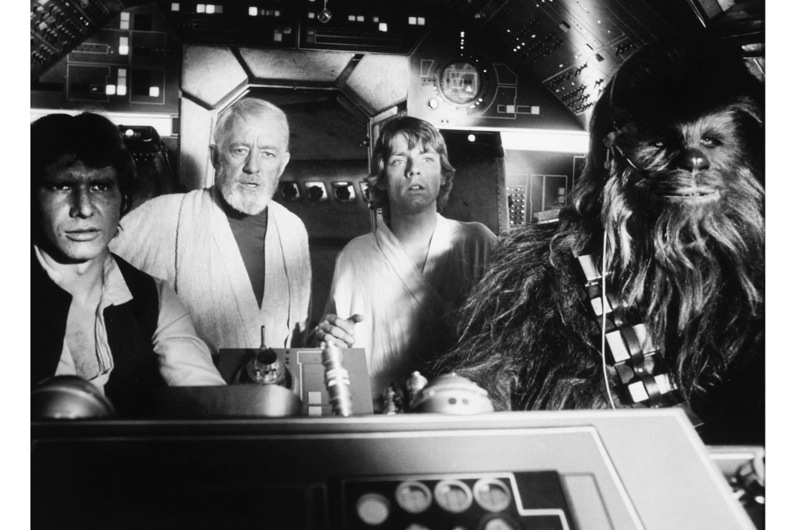 Peter-Mayhew-Harrison-Ford-Alec-Guinness-and-Mark-Hamill-on-set-of-the-Film-Star-Wars-1977-a89f7d6