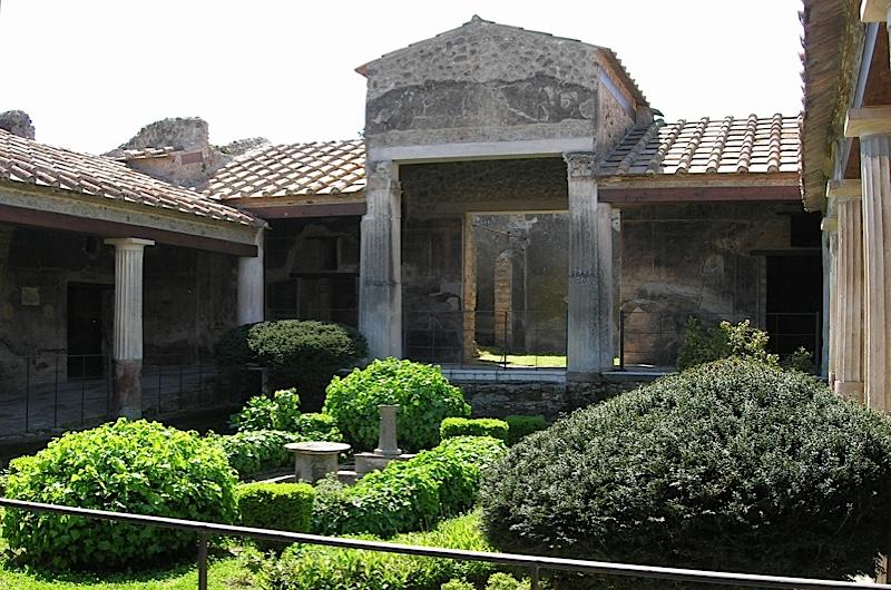 Pompeii-garden-L.Farrar-d6ca23b