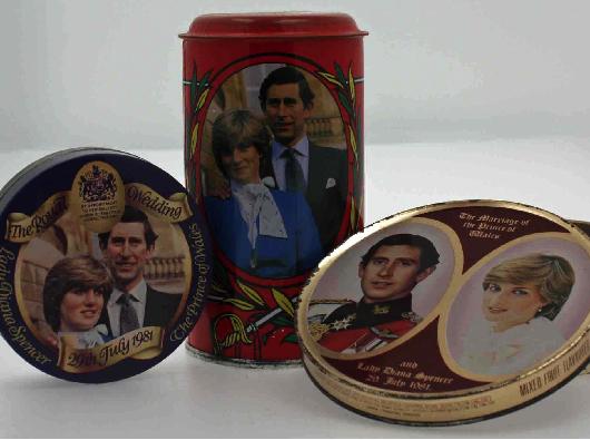 Royal-wedding-souvenirs-b63bef2