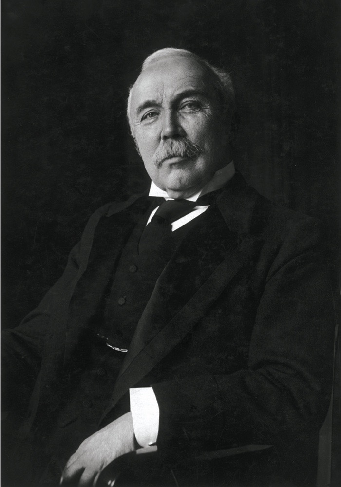 circa 1905: British Prime Minister Henry Campbell-Bannerman (1836 - 1908). (Photo by Rischgitz/Getty Images)