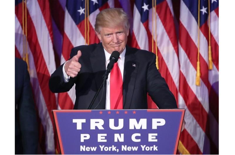 Trump-thumbs-up-2-2de260c