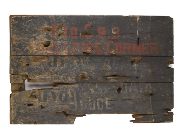 Wooden20signboard20from20C394C387C3BFHellfire20CornerC394C387C3962C20Ypres2C2019182C2028c2920National20Army20Museum202-bc8af6a