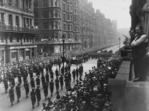 edith-cavell-funeral-procession_0-e0a9fe9