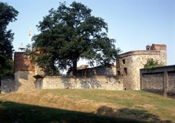 se_upnor_castle_02_english-heritage-9ae476f