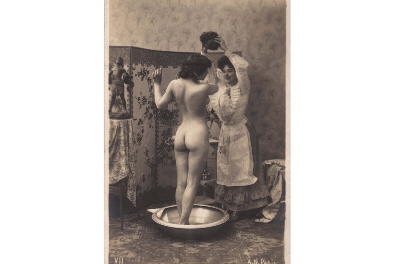 victorian-lady-washing-3c8886a