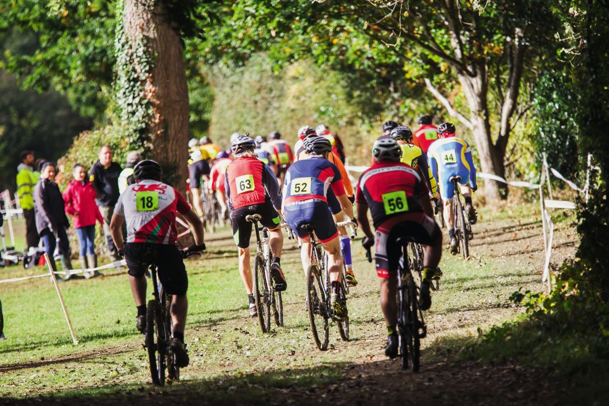 cyclocross race start